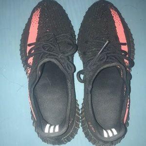 Adidas Yeezy v2 Red Stripe